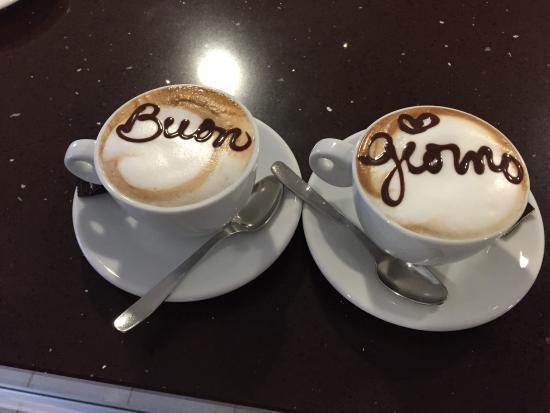 Cafe la Plaza