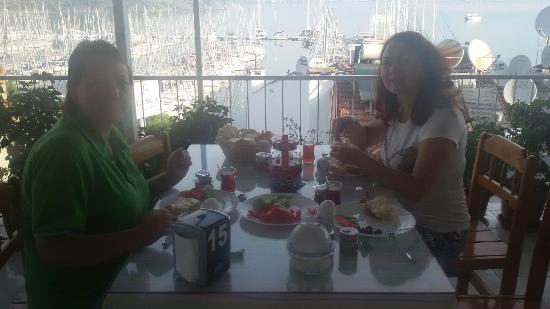Fethiye Tan Pansiyon : Приятный завтрак