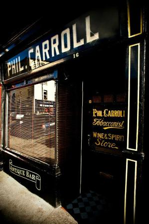 Клонмел, Ирландия: Phil Carrolls Antique Bar Clonmel