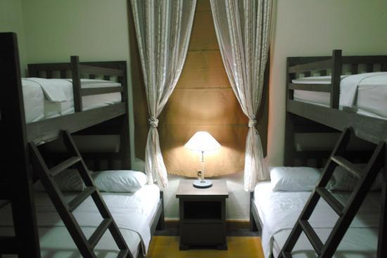 Santo Domingo Bed and Breakfast: Habitación familiar