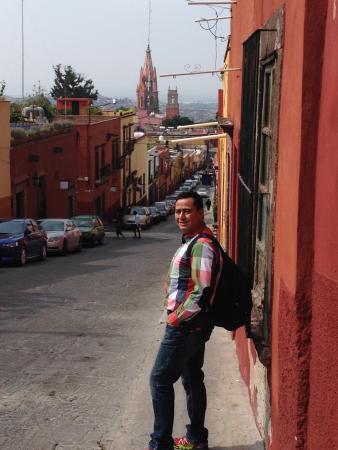 Casa Puesta Del Sol: Bajando ala plaza