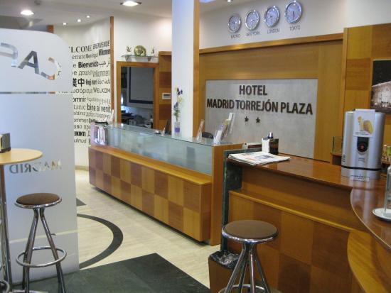 Hotel Madrid Torrejon Plaza : Zona recepción