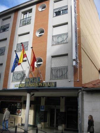 Hotel Madrid Torrejon Plaza : Fachada exterior
