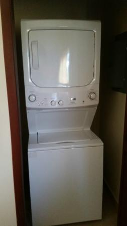 Corinto Pearl Eco Resort: Washer and Dryer in Villa