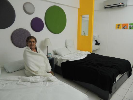 Hotel Villanueva: mi suegra en la habitacion