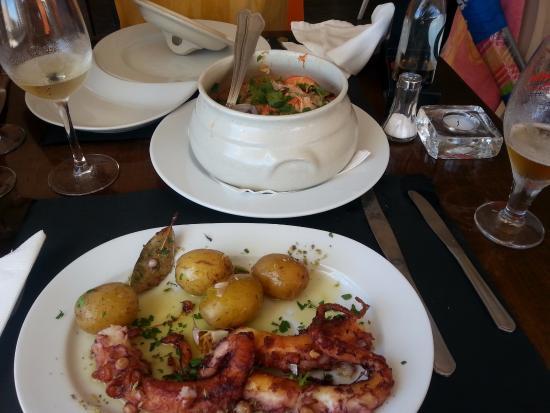 Praia Grande Restaurante & Bar: Pulpo y cataplana