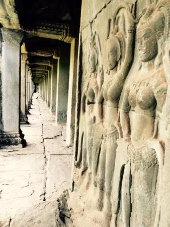 Angkor Photography Guide