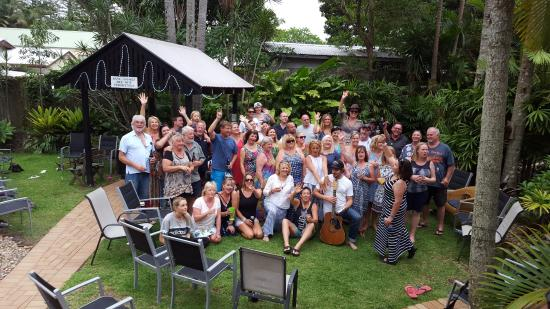 Outrigger Bay Apartments: An afternoon bbq with a busker that the managers organised.