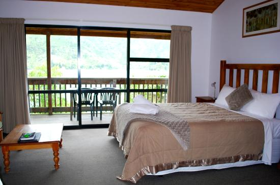 Lochmara Lodge - Wildlife Recovery and Arts Centre: Tui Chalet