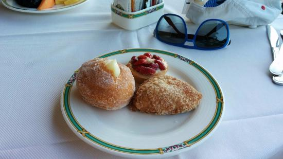 Hotel Buca di Bacco: Buffet breakfast