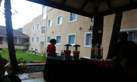 PrideInn Hotel Raphta: TA_IMG_20151127_072645_large.jpg