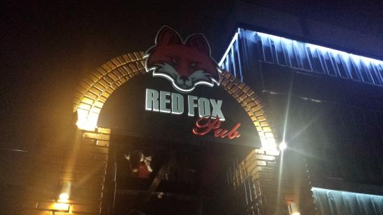 ‪Red Fox Pub‬
