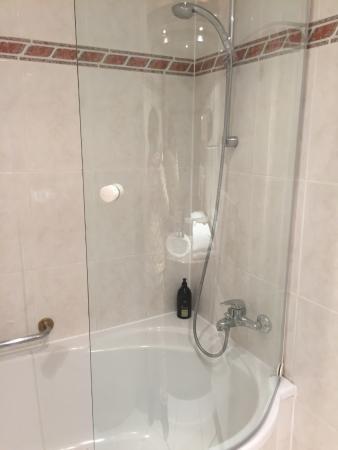 Thoiry, Frankrijk: バスルーム