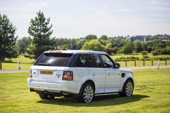 Essex, UK: Chauffeur Ride gives  a lavish ceremony with the help of Wedding Car Hire in London. Plenty of o