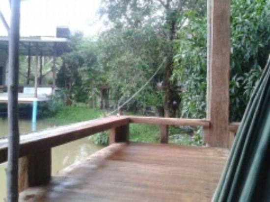 Palida  Resort: ระเบียงพักผ่อน