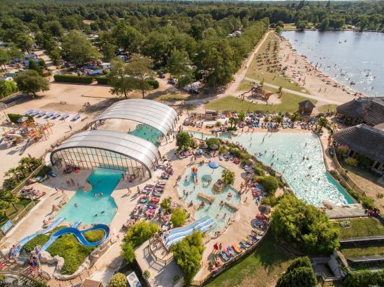 Pierrefitte sur Sauldre, França: Les Alicourts Resort
