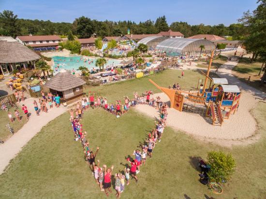Pierrefitte sur Sauldre, فرنسا: Love