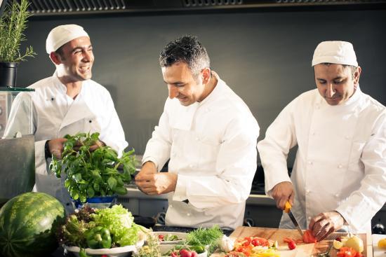 Restaurant lezzet offene küche