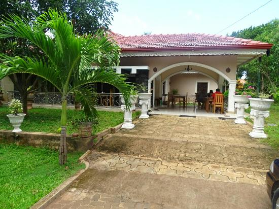 Mango Trees Guesthouse