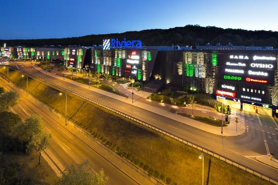 Centrum Riviera Shopping Center