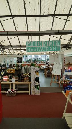 Chipperfield, UK: Wyevale Garden Centre Restaurant