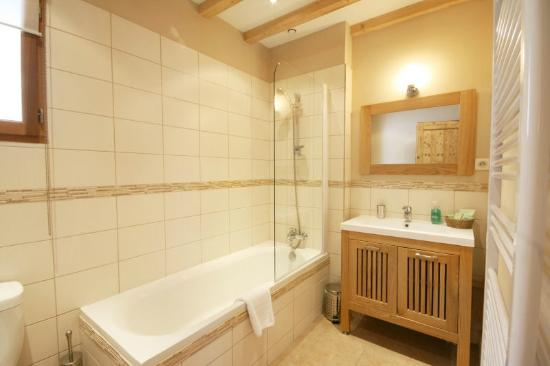 Ensuite Bathroom Chalet Annabelle