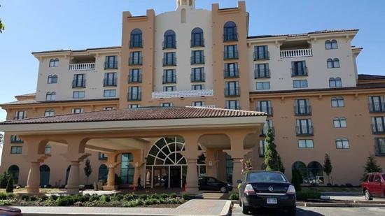 Embassy Suites by Hilton Indianapolis - North: Luxurious