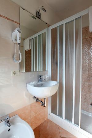 Hotel Bologna : Dettaglio Bagno