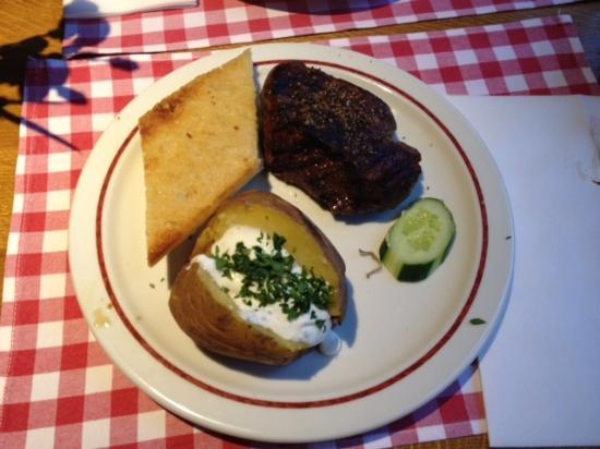 Block House Bergedorf: Baked Potatoe