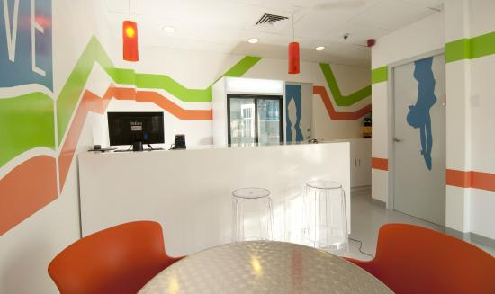 WAVE Hotel & Cafe Curacao: Lounge Area
