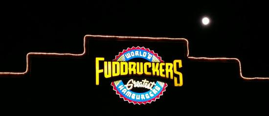Fuddruckers : Come and get it