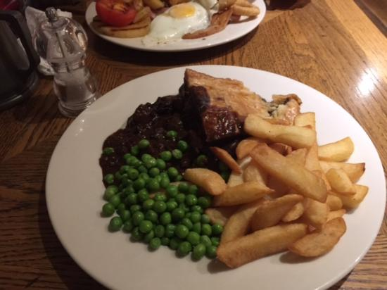 Eccleshall, UK: Steak & Joules Ale Pie