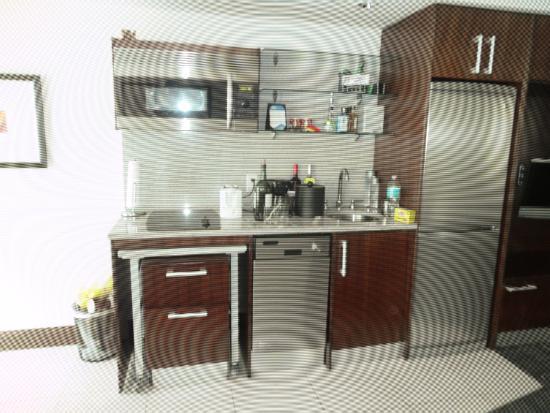 Ocean Hotel: кухня в номере