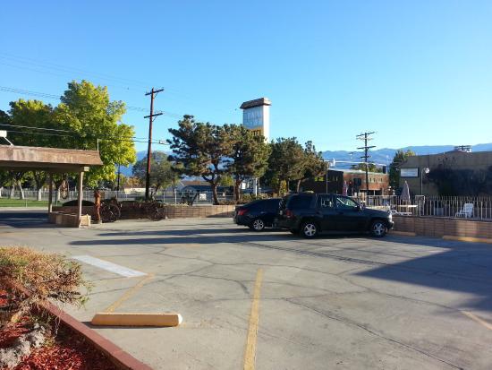 Bathroon picture of mountain view motel bishop for Mt vista cabina e motel