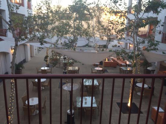 Hotel Casa 425: Courtyard