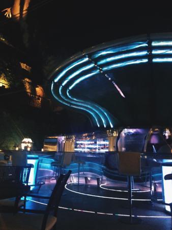 Hassler Bar: Барная стойка