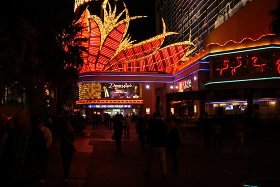 kapchagay-napadenie-kazino-flamingo
