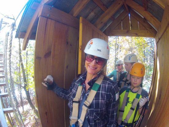 Scaly Mountain, Carolina do Norte: My first zip line