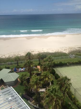 19th Avenue on the Beach: Absolute Beachfront