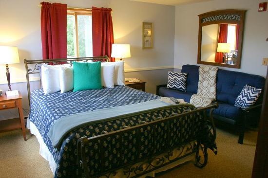 White Horse Inn : Room 306 • PARADISE ROOM