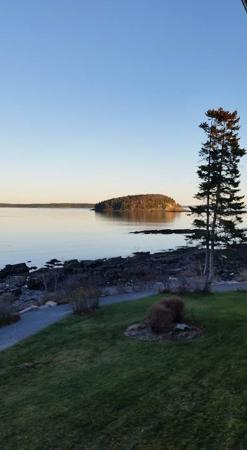 Bar Harbor Inn: Room view