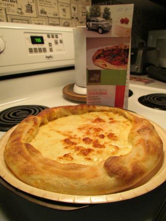 Chic Alors!: Pizza Suisse (PAC = prête à cuire à la maison)