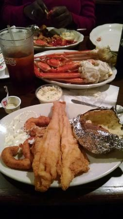 Mayflower Seafood Restaurant: Delicious spread