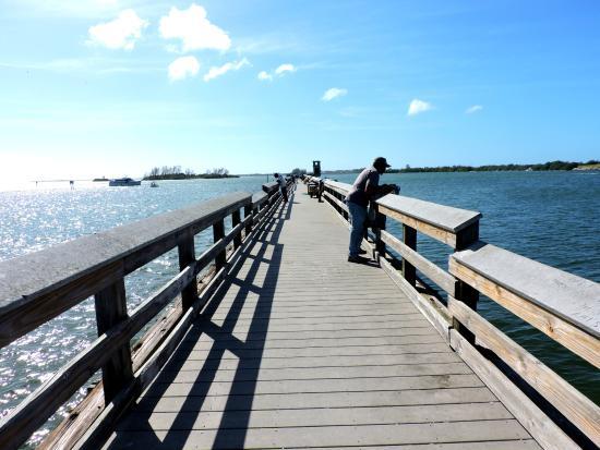 Rotonda West, FL: Fishing pier