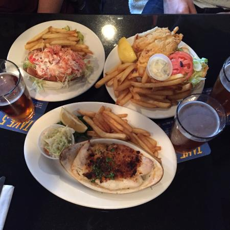Three Cod Tavern: Lobster Roll, Fried Haddock and Baked Scrod