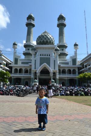 Masjid Jami Malang Yang Megah Picture Of Jami Great Mosque Malang Tripadvisor