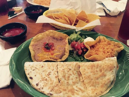 Torero S Mexican Restaurant Quesadilla Plater