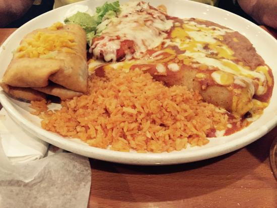 Torero's Mexican Restaurant: Combo lunch you pick two w rice & bean of choice