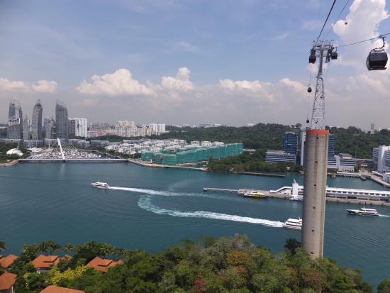 Singapore Cable Car (Sentosa): Вид из кабинки