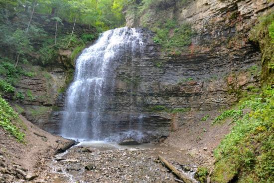 Ancaster, Kanada: Tiffany Falls and escarpment